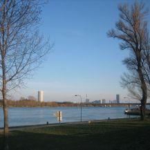 Abend_an_der_Donau