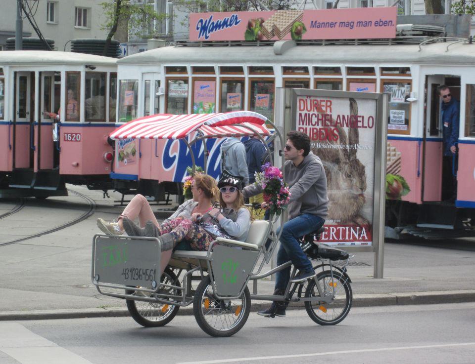 Modernes Taxi in Wien